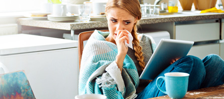 Heizungsluft und Kälte bereiten Ihrer Nase oftmals Probleme, eine trockene Nase im Winter ist keine Seltenheit. Warum das so ist und was Sie der Nase Gutes tun können, erfahren Sie hier.
