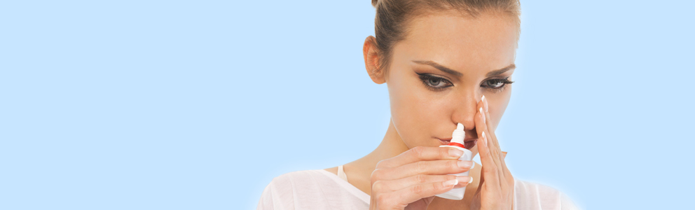 Schnupfen ist wirklich lästig: Ist die Nase zu, fällt das Atmen schwer – und das kann den Betroffenen zum Beispiel vom Einschlafen abhalten. Die Anwendung eines abschwellenden Nasensprays sorgt jetzt dafür, dass man wieder frei durchatmen kann. Aber Achtung: Nasenspray […]