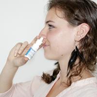 Anwendung hysan® Nasenspray Schritt 02